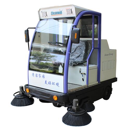 SD1800BF驾驶式扫地车